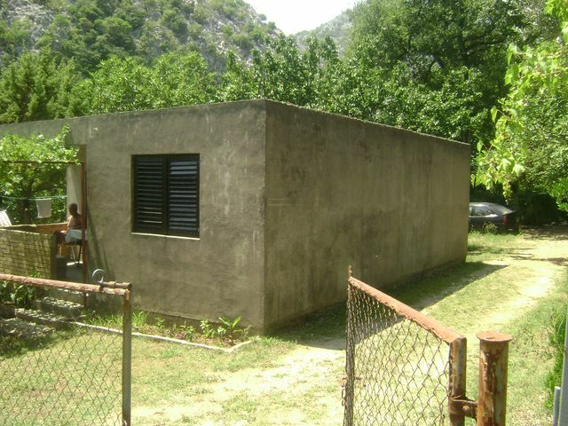 Kuća - 64m² - Sutomore